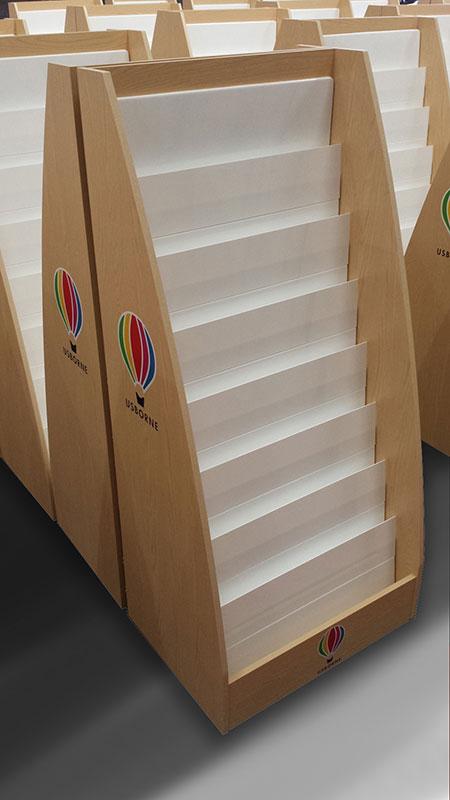 usborne-books-waterfall-sticker-book-unit-01